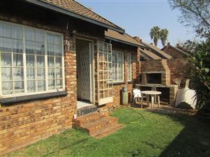 Lovely 2 bedroom Apartment in Silverton, Pretoria