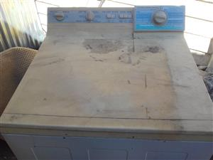 7.6 kg Kelvinator top loader for sale