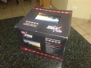 Starsound SSDVDS 7200 Double Din Radio/DVD/MP3/GPS System