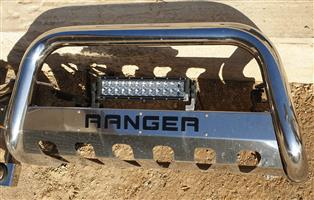 Stainless steel roll bar and nudge bar for sale for new Ford ranger