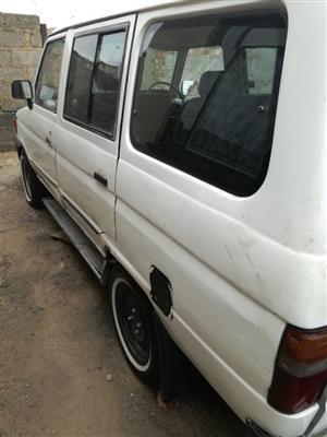 2000 Toyota Venture