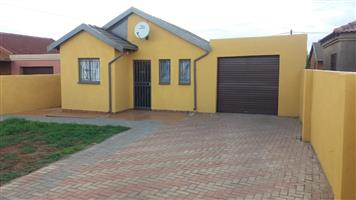 2 Bedroom House In Soshanguve XX