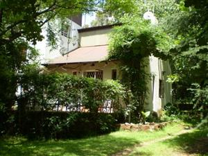 House to let on beautiful country estate next to Irene Rietvlei Nature Reserve.
