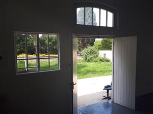 Small one bedroom/bedsleeper cottage for rent.