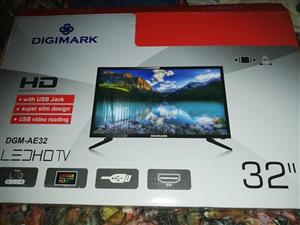 "Digi Mark 32"" tv for sale"