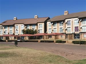 Karenpark Wonderpark Estate Bachelor apartment avail immediately