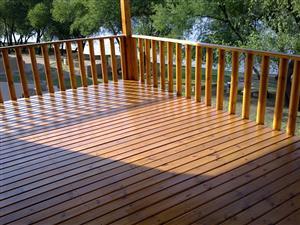 Decking (pool,lapa,verandas), Wendy and Log Houses (0849207823)