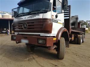 Merc Benz Powerliner 6x4 Rigid Flatdeck!