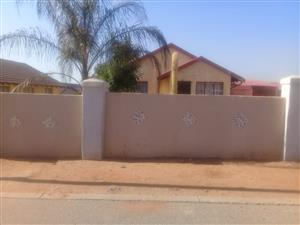 House To Rent-Tlhabane West