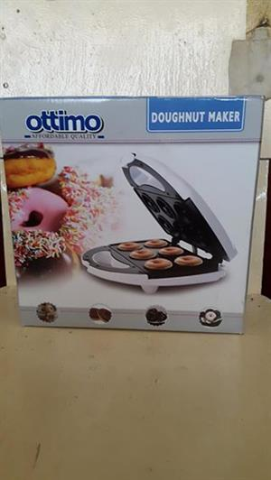 Brand New, Unused Doughnut Maker For Sale