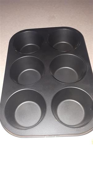 Large muffin pan