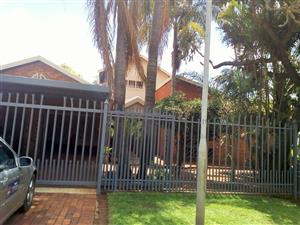 Lovely home on a very quiet street in Theresapark
