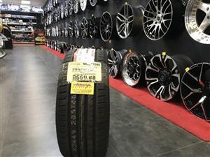 17 inch tyres 205-40-17 Roadstone brand new