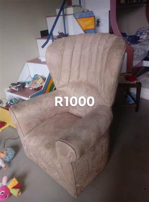 Marvelous Living Room Furniture For Sale In Durban Junk Mail Squirreltailoven Fun Painted Chair Ideas Images Squirreltailovenorg
