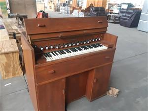 Lindholm piano for sale