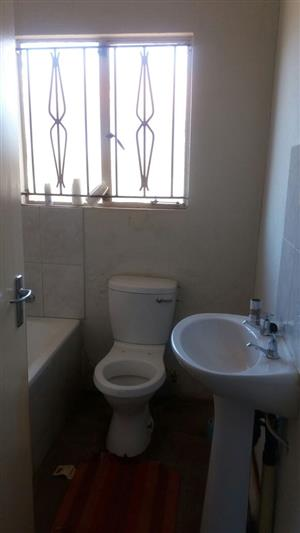 HOUSE FOR SALE AT VOSLOORUS EXT 6