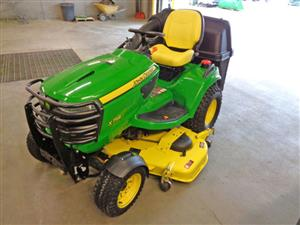 High-Capacity Ride On Lawn Mower