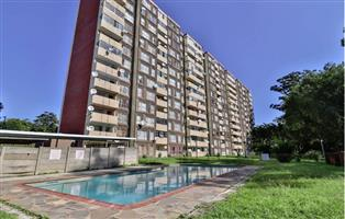 SPACIOUS 2 BEDROOM FLAT  - New Germany, Pinetown