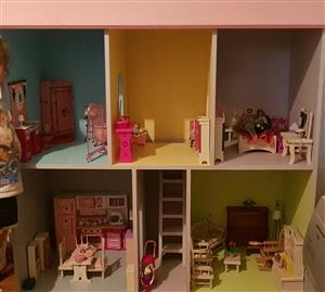 Dollhouse for sale with furniture