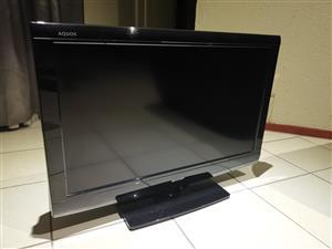 "Sharp Aquos LC-32A37M 32"" LCD HD Ready TV"