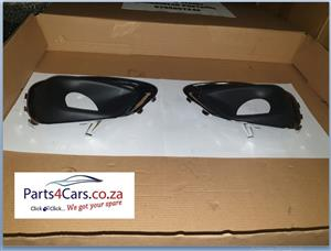 2013 JEEP COMPASS FRONT LEFT AND RIGHT COVERS (FOR SALE)