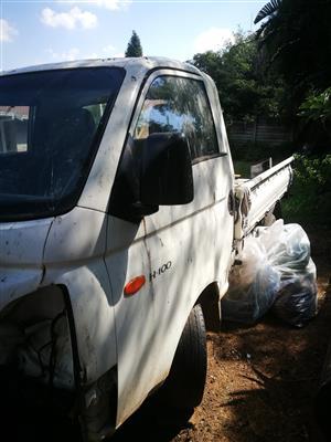 Smashed Hyundai bakkie