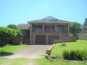 3 Bedroom House with Lovely Sea Views for sale in Port Edward.