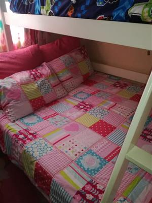 Tr--bunk bed for Sale
