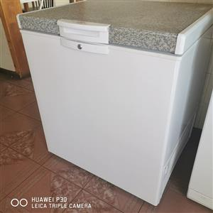 Defy 196l deep freezer