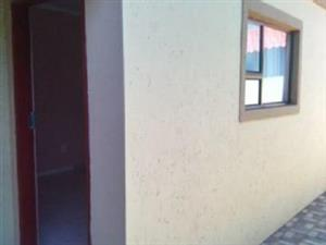 Soweto Brand new rooms to rent in Chiawelo from R800