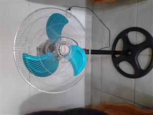 Brand new 42cm fans x 4 for sale