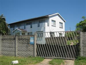 8 Bedroom Double Storey House with Lovely Sea Views for sale in Port Edward