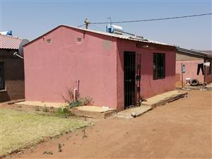 MABOPANE EXT U AVAILABLE FOR RENT