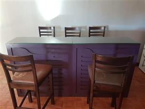 Retro Bar counter with 5 bar chairs