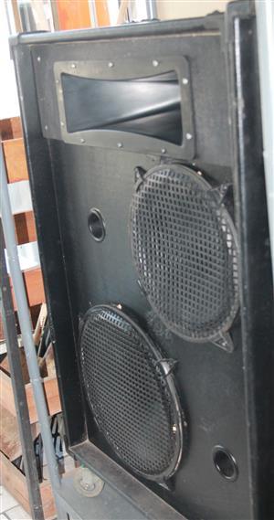 Band speakers S030142A #Rosettenvillepawnshop