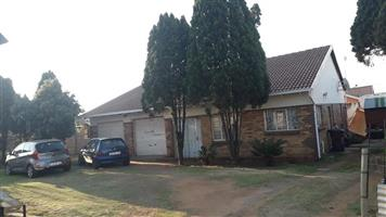 THE HILL 3 BEDROOM HOME IN SECURE QUIET AREA