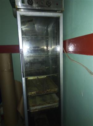 single door proover for sale R5000 Single Door Proover Stainless Steel Provides the best environment for the fermentation of bread Single phase electricity Requires water for humidification 12 tray