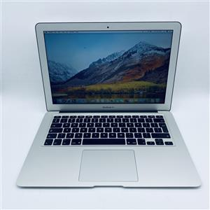 Apple MacBook Air 13-inch 1.7GHz Dual-Core i5 (4GB RAM, 256GB SSD, Silver) - Pre Owned