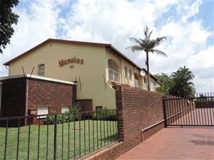 SPACIOUS  3 BEDROOM FAMILY DUPLEX IN MARIJA STREET SINOVILLE