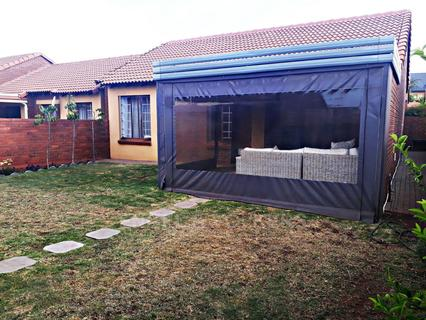 Stylish simplex in Eco Park Estate