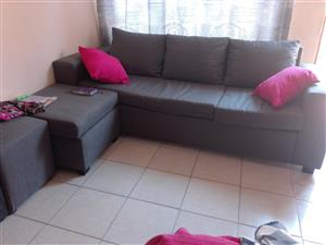 I'm selling a 3 seater couch