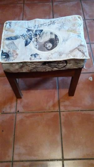Dessert table chair or piano chair for sale