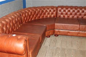 Red leather L-shape couch S037719A #Rosettenvillepawnshop