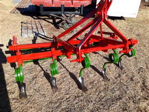 seedbed maker and roller