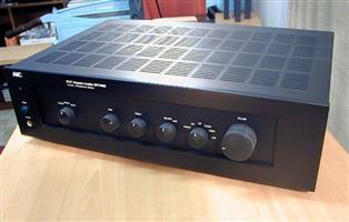 AMC Integrated Valve Amplifier 3030