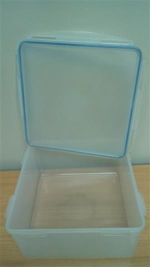 Transparent Airtight Container
