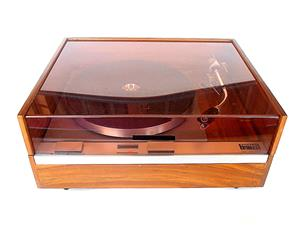 Vintage THORENS  TD 125 Mk I turntable........Superlative! For big boys only!