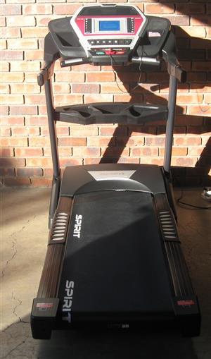 SPIRIT F 7600 Treadmill