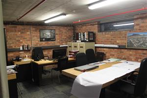 GREEN POINT: 121m2 Offices To Let