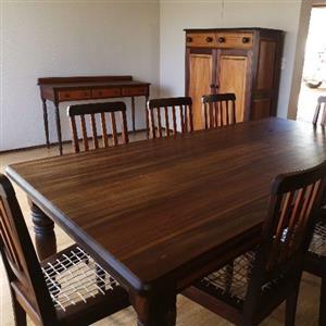 Solid Knysna black and yellow wood dinningroom set